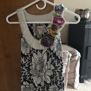 Floral tank top with neckline embellishments
